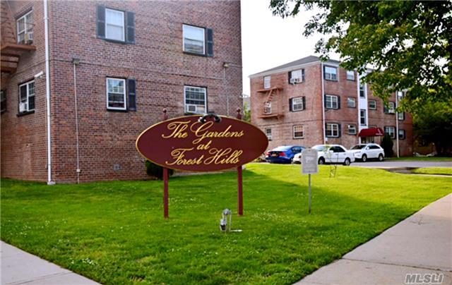 66-02 Grand Central Pkwy, Forest Hills, NY 11375