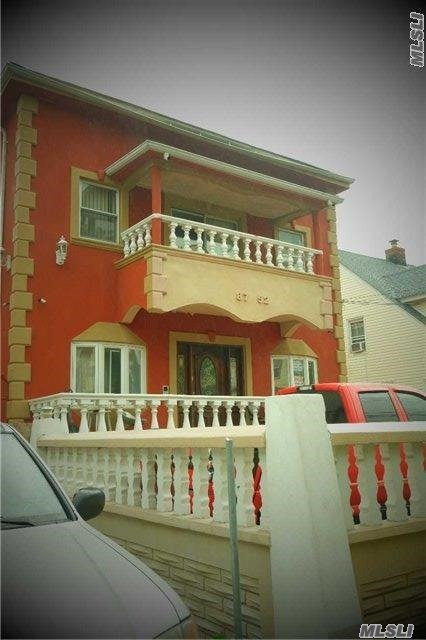 87-52 134th St, Richmond Hill, NY 11418