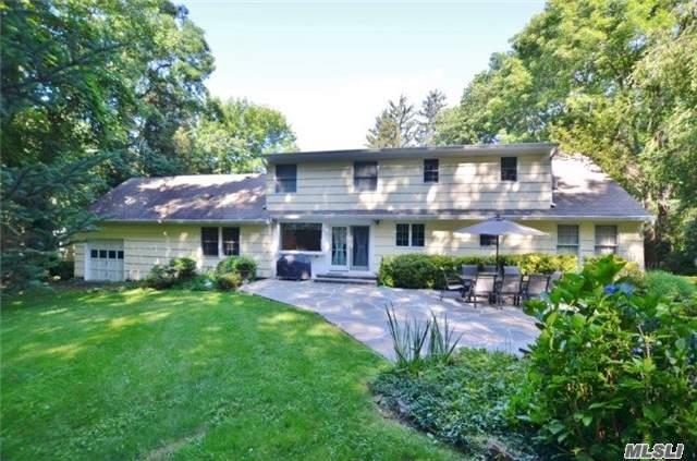 24 Timberbrook Rd, Northport, NY 11768