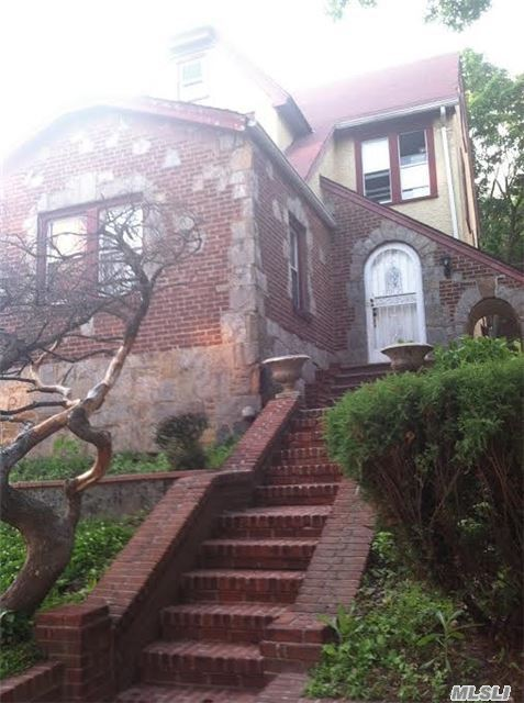 170-21 Cedarcroft Rd #Yes, Jamaica Estates, NY 11432