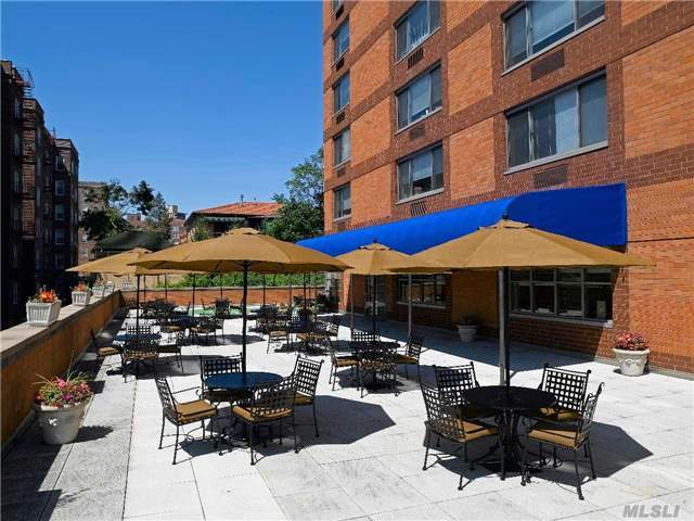 112-50 72nd Ave #Studio, Forest Hills, NY 11375