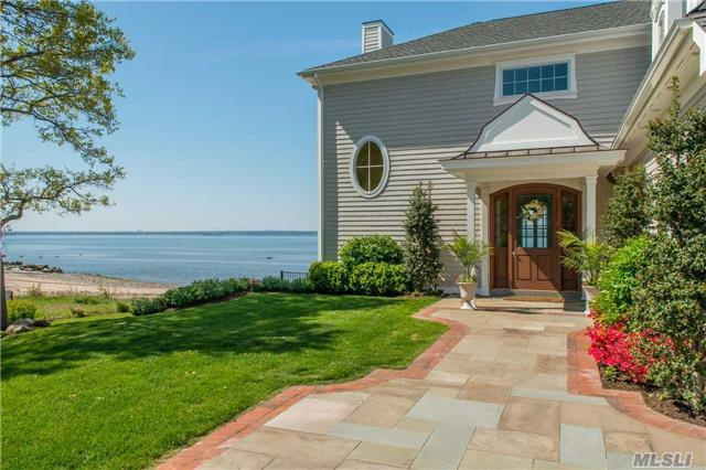 12 Private Rd, Bayville, NY 11709