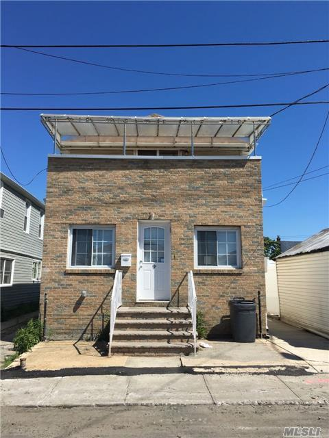 9 W 11th Rd, Broad Channel, NY 11693