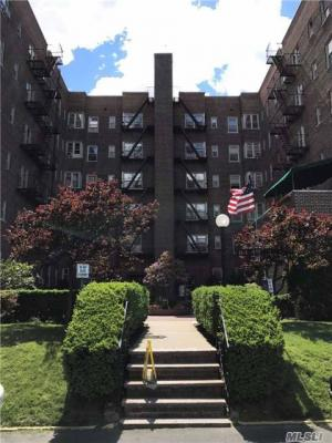 Photo of 84-49 168th St #6d, Jamaica Hills, NY 11432