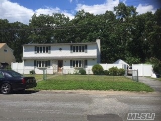 241 Parkway Blvd, Wyandanch, NY 11798