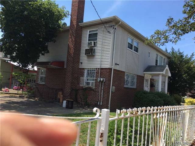 212-30 94th Ave, Queens Village, NY 11428