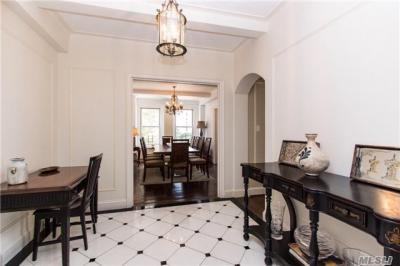 Photo of 1235 Park Ave #3b, Out Of Area Town, NY 10128