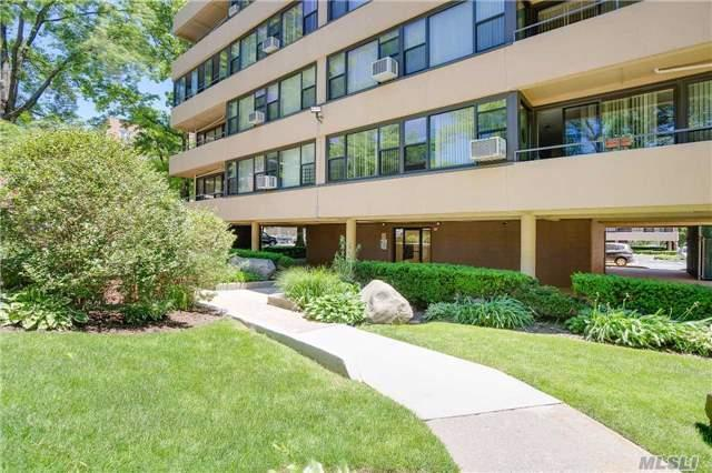 162-10 Powells Cove Blvd #3b, Beechhurst, NY 11357