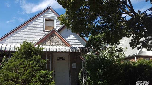 118-60 223 St, Cambria Heights, NY 11411