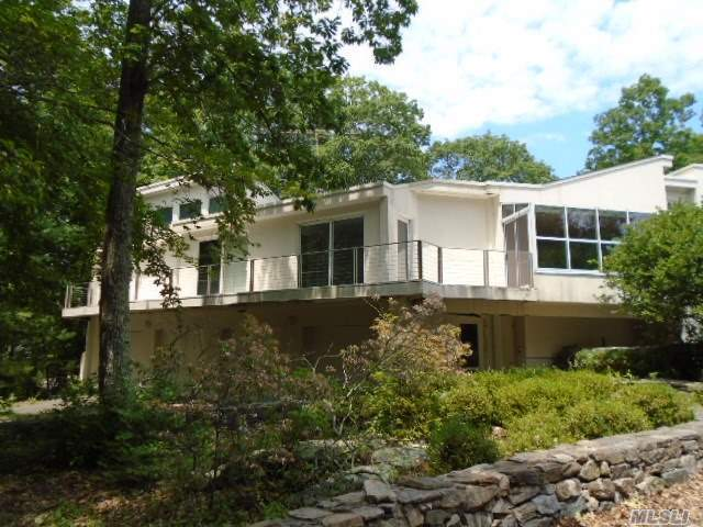 25 Conant Valley Rd, Out Of Area Town, NY 10576