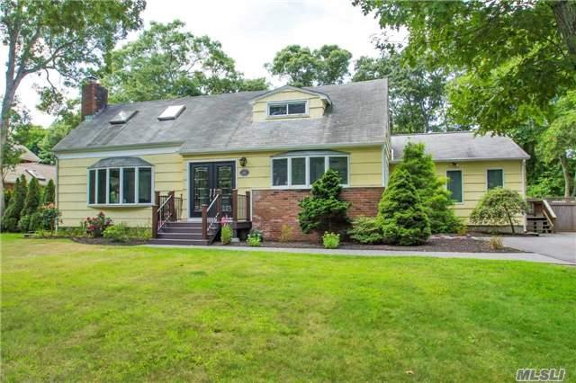 274 Great River Rd, Great River, NY 11739
