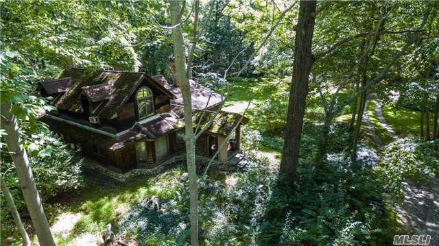 68 Saw Mill, Cold Spring Hrbr, NY 11724