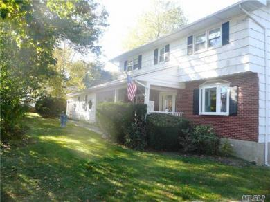 1 Frost Ln, Out Of Area Town, NY 10530