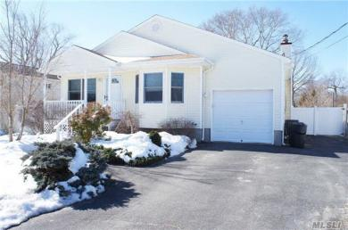 36A Lincoln Blvd, East Moriches, NY 11940