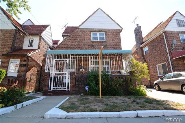 131-15 227th St, Laurelton, NY 11413