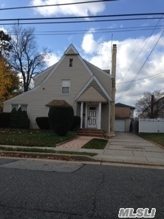 117 Warner Ave, Hempstead, NY 11550