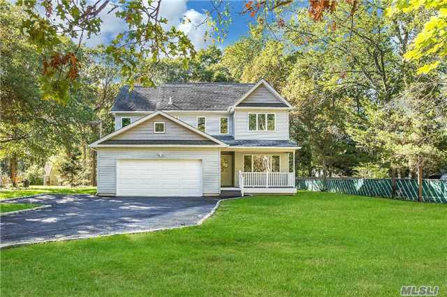 32 Bailey Rd, Middle Island, NY 11953