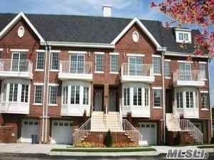 Soundview Ln #2 Fl, College Point, NY 11356