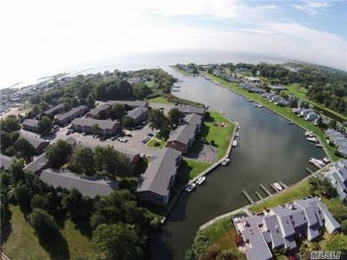 104 Fairharbor Dr, Patchogue, NY 11772