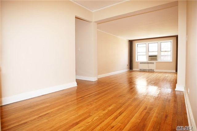 102-40 67 Dr #4d, Forest Hills, NY 11375