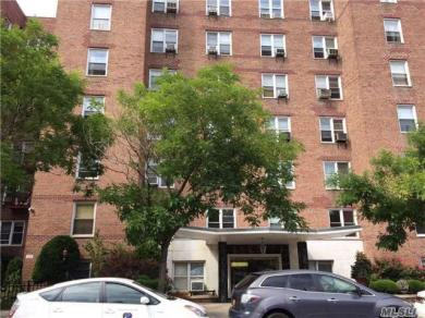 102-21 63 Rd, Forest Hills, NY 11375
