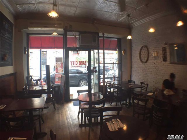 244 E 13 St, Out Of Area Town, NY 10003