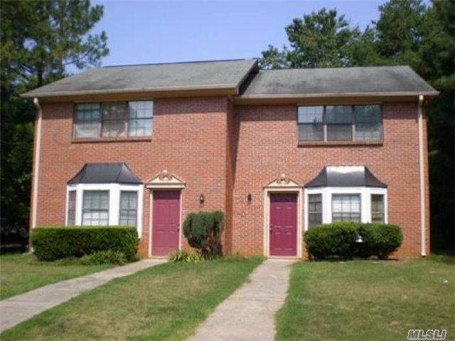 1917 Patterson Cir, Out Of Area Town, GA 30045