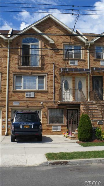 2809 Ely Ave #3, Out Of Area Town, NY 10469
