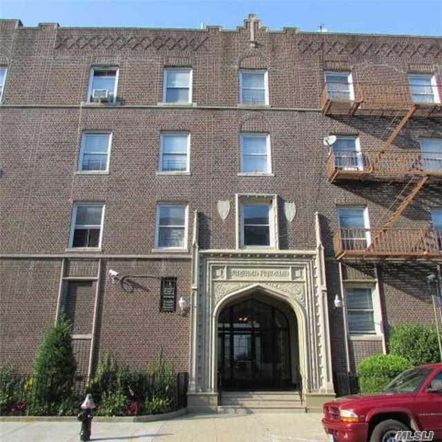 1001 President St #J1, Crown Heights, NY 11225