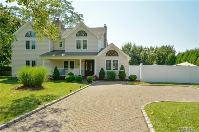 27 Tanners Neck Ln, Westhampton, NY 11977