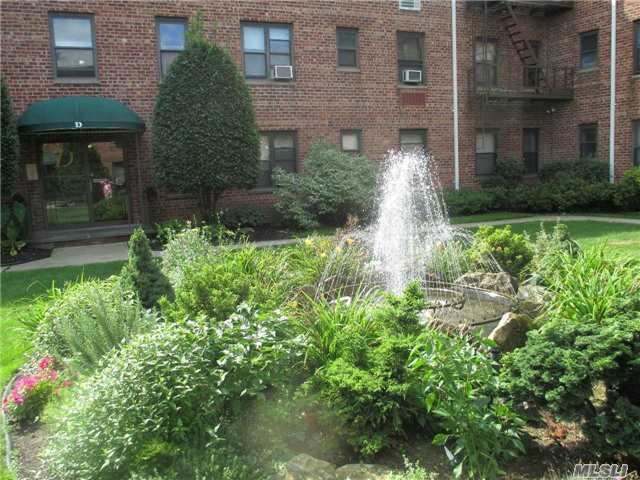 320 Atlantic Ave #A12, E Rockaway, NY 11518