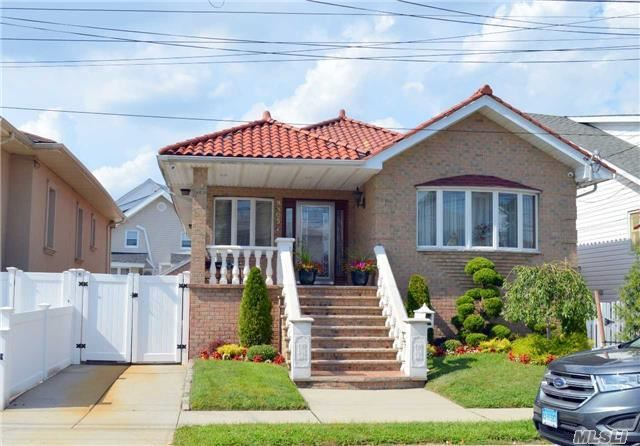 98-05 162nd Ave, Howard Beach, NY 11414