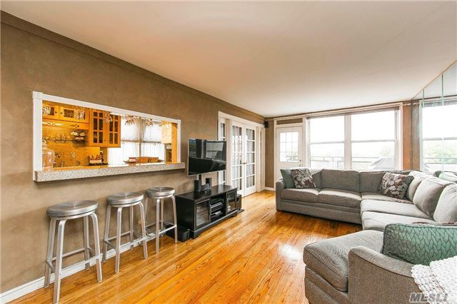 6615 Thornton Place #6c, Forest Hills, NY 11375
