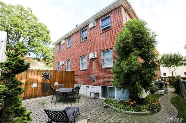 117-07 14 Rd, College Point, NY 11356