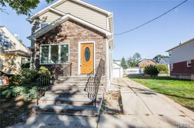 116 Farnum Blvd, Franklin Square, NY 11010