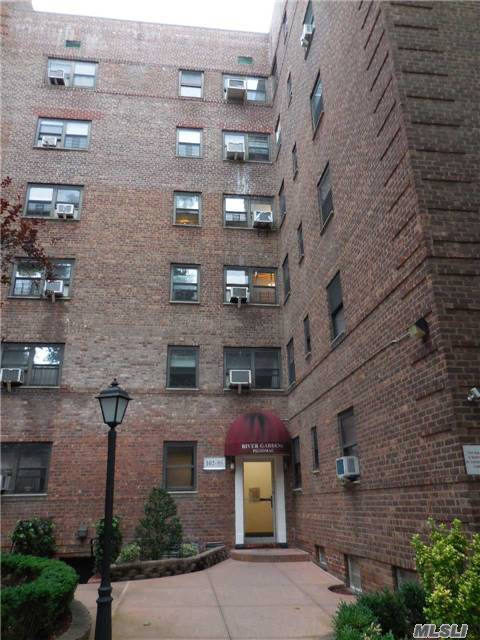 102-55 67th Rd #6z, Forest Hills, NY 11375
