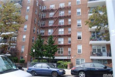 67-50 Thornton Pl #3e, Forest Hills, NY 11375