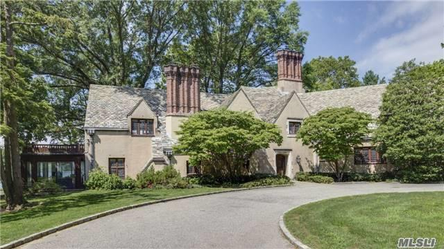 40 The Terrace, Manhasset, NY 11030