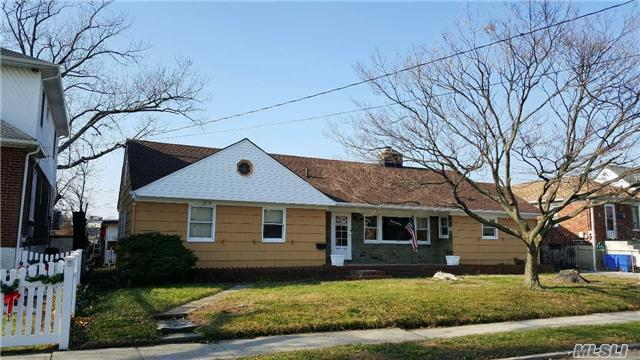 162-26 96 St, Howard Beach, NY 11414