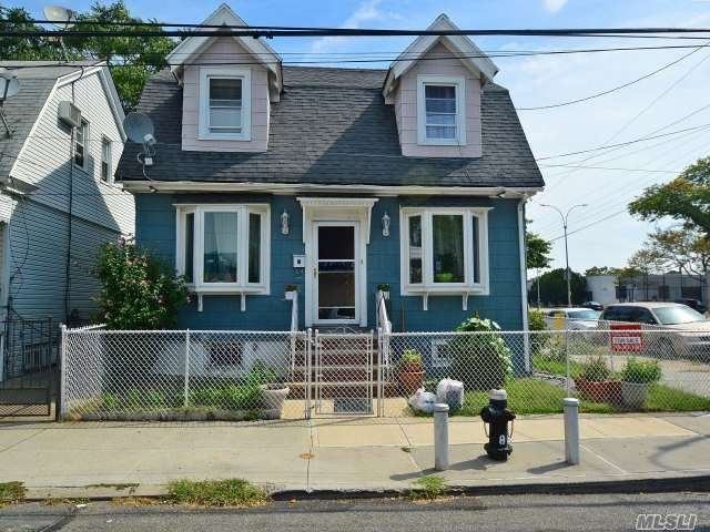 91-65 88th St, Woodhaven, NY 11421