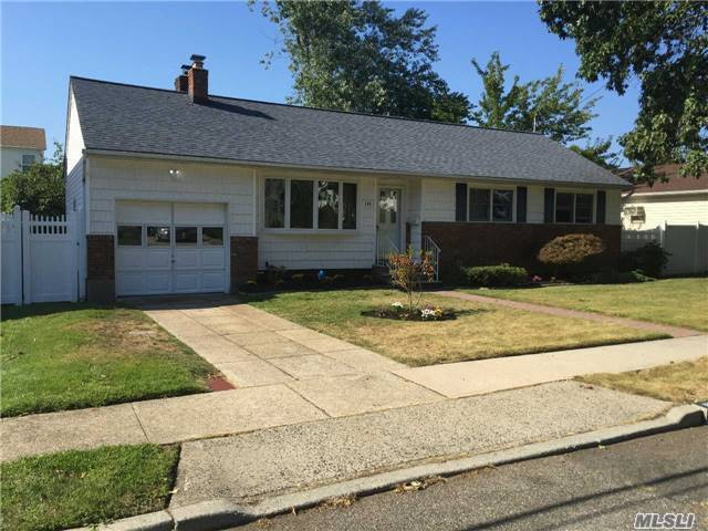 116 Blaine Ave, East Meadow, NY 11554