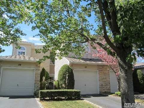 57 Windwatch Dr, Hauppauge, NY 11788