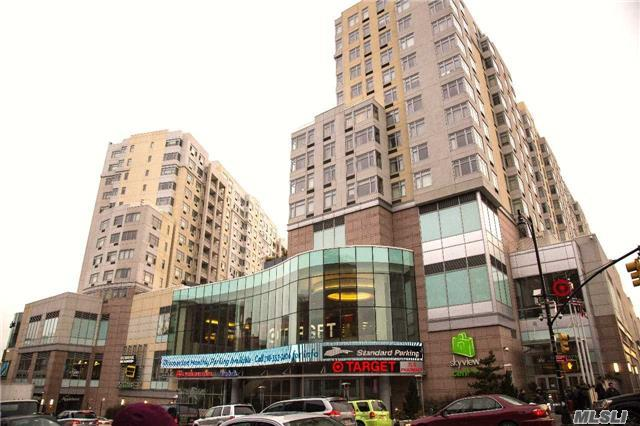 40-22 Collegepointblvd #10c, Flushing, NY 11354