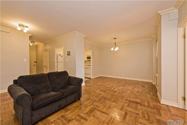 110-45 Queens Blvd #301, Forest Hills, NY 11375