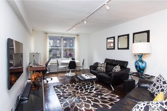 345 East 54th St #3d, Out Of Area Town, NY 10022