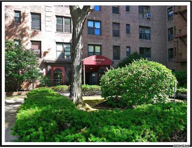 83-05 98 St #2-s, Woodhaven, NY 11421