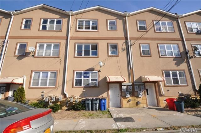178 Beach 27th St, Far Rockaway, NY 11691