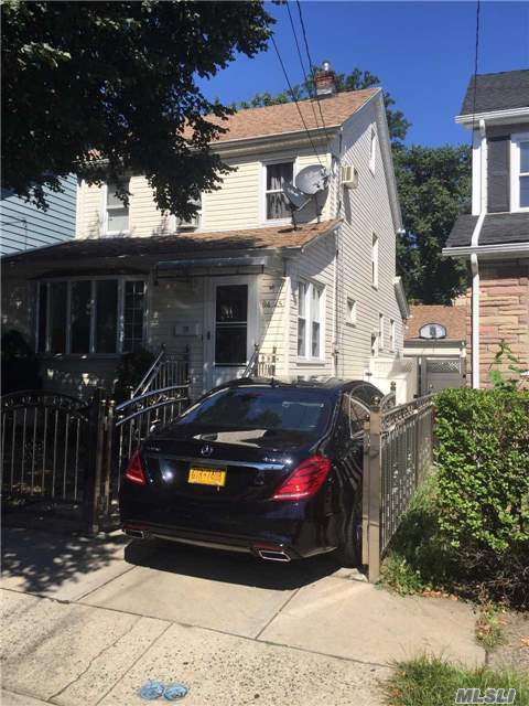 9445 240th St, Floral Park, NY 11001