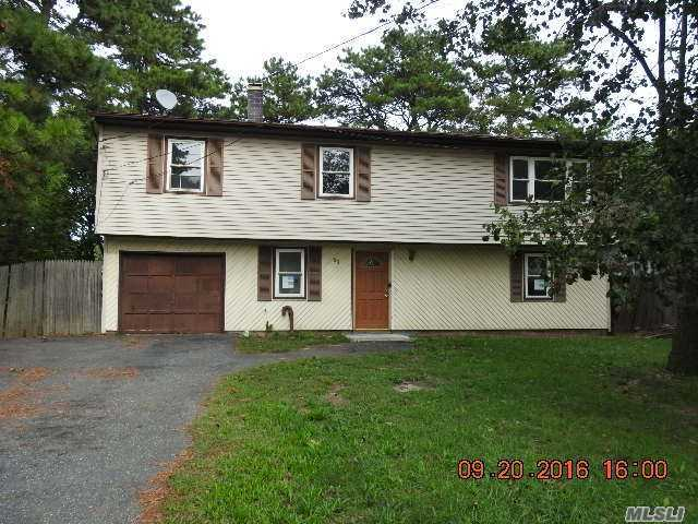 91 Casement Ave, Central Islip, NY 11722