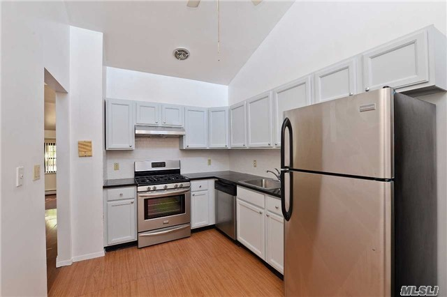 121-33 5th Ave #4b 2fl, College Point, NY 11356
